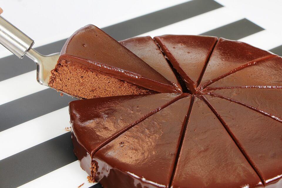 עוגת שוקולד למסיבת רווקות