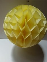 כדור דקורציה צהוב