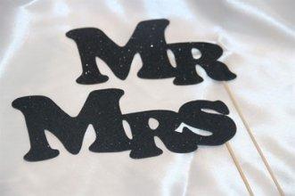 סט מקלות צילום Mr Mrs שחור